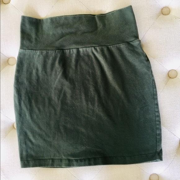 Charlotte Russe Dresses & Skirts - 💜 Charlotte Russe Olive Green Bodycon Skirt 💜